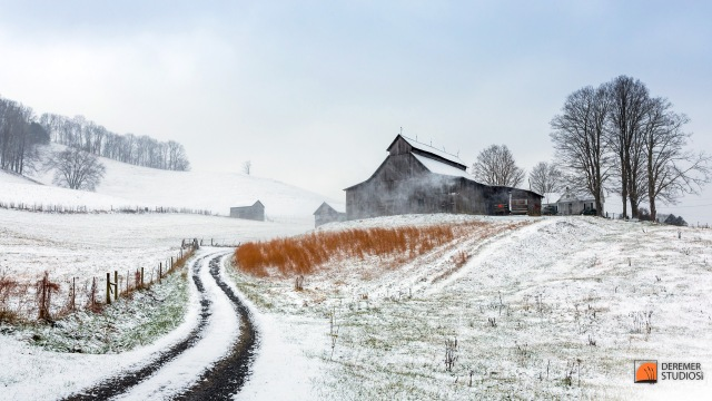 2013 11 Fine Art - Apalacha Hills of VA 22 - Snow Falling on Old Barn